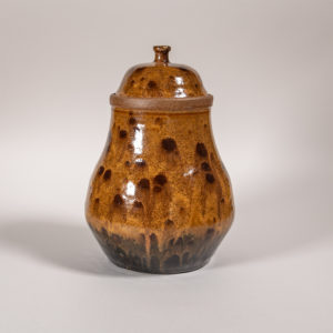 lidded-jar-brown2